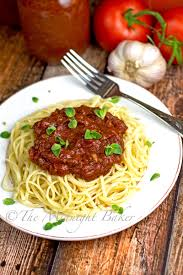 slow cooker rustic meat spaghetti sauce the midnight baker