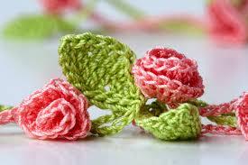Tiny Flower Crochet Pattern - yarn twist new crochet necklace rose garden
