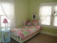 benjamin moore lily lavender girls u0027 rooms paint colors