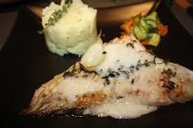 cuisine aile de raie au four aile de raie au four au beurre de thym et émulsion de beurre