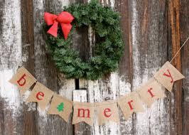 burlap christmas diy burlap ornaments be merry banner 1024x730 burlap christmas