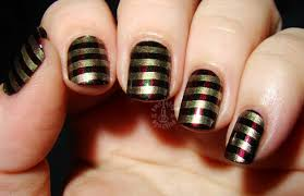20 sparkly and glitter nail art ideas in christmas spirit style
