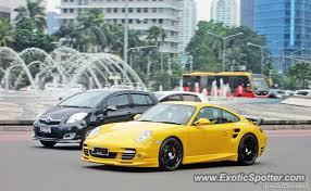 porsche 911 indonesia porsche 911 turbo spotted in jakarta indonesia on 03 30 2014