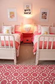 Decorating Ideas For Girls Bedroom by Best 25 Sisters Shared Bedrooms Ideas Only On Pinterest Sister