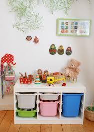 stauraum kinderzimmer ordnungshelfer fürs kinderzimmer stauraum in vielen schönen