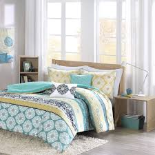 Queen Comforter Sets Amazon Com Intelligent Design Id10 752 Arissa Comforter Set Full