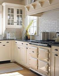 Black Or White Kitchen Cabinets Best 25 Cream Colored Kitchens Ideas On Pinterest Cream