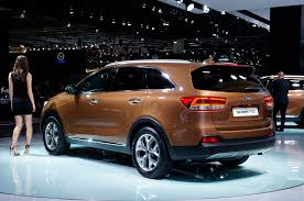 2016 kia sorento will be bigger more modern motor trend wot