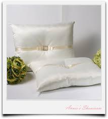 wedding kneeling pillows a set of wedding kneeling pillow rhinestone buckle wedding
