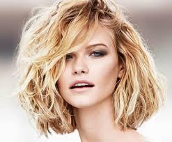 cheveux bouclã s coupe coupes tendance pour cheveux bouclés