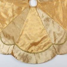 gold tree skirt neiman seybert scallop tree skirt there s no place like