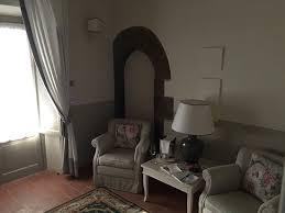 belles chambres de très belles chambres picture of hotel borgo san felice