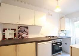 2 Bedroom House For Rent In Edmonton Property To Rent In Enfield Renting In Enfield Zoopla