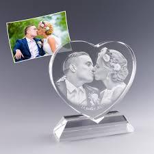 id e cadeau mariage cadeau personnalisé et décoratif en forme de cœur photo gravé