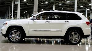 recall on 2011 jeep grand chrysler recalls more than 230 000 suvs sep 22 2014