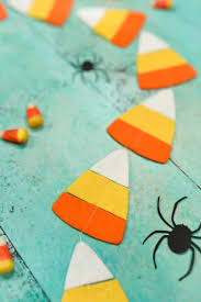 make this felt candy corn garland on your cricut