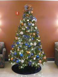 blue and silver tree decorating ideas