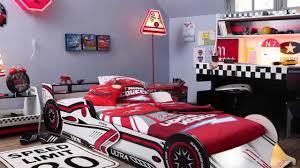 chambre garcon theme voiture chambre voiture garcon but idées décoration intérieure farik us