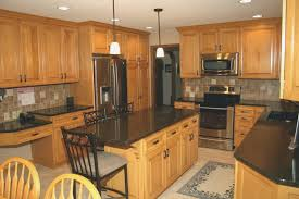 kitchen paint colors with honey maple cabinets honey maple kitchen cabinets with paint colors page 1