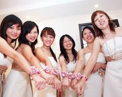 bridesmaids accessories wenqi and jing wen s wedding the bridesmaids matching