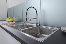 faience en verre pour cuisine plaque en verre pour cuisine plaque pour proteger mur cuisine