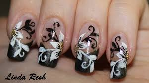 nail design flower with black u0026 white swirls nail art youtube