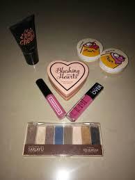 Harga Sariayu Kit harga tentukan sendiri cocok angkut sariayu eye shadow kit makeover