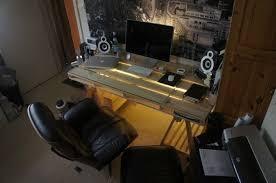 bureau palette bois bureau en palette modèles diy et tutoriel pour le fabriquer soi même
