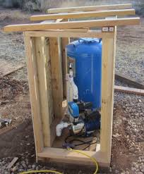how to build a pump house shed small woodworking projects pump