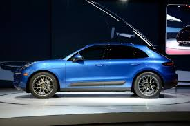 porsche macan 2016 blue porsche macan to get 4 cylinder boxer engine in late 2014 cayman
