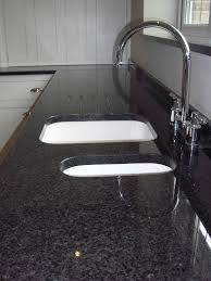 Kingston Brass Kitchen Faucets Granite Countertop L Shaped Cabinets Whirlpool Microwave Prices