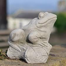 frog on log cast animal pond garden ornament decor