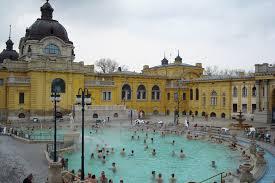 bagno termale e piscina széchenyi budapest i piaceri delle terme doveviaggi it