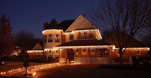 hanging christmas lights around windows tips for hanging christmas lights outside new england design