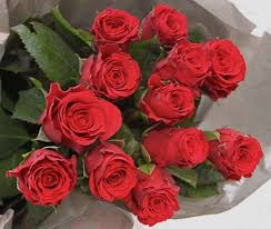 How Much Is A Dozen Roses Valentine U0027s Day Roses Reviewed How Much They U0027ll Cost How Long