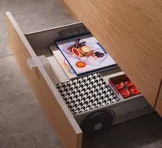 plinthe cuisine castorama 9 astuces pour se faciliter la vie dans la cuisine plinthes