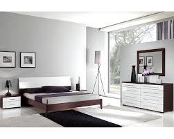 Italian Modern Bedroom Furniture Italian Modern Two Tone Bedroom Set 33b221