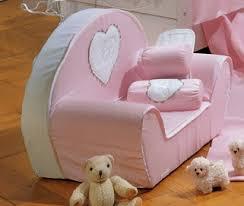 chambre nougatine fauteuil enfant pour décorer la chambre de bébé collection