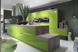 modèle deco cuisine vert pomme