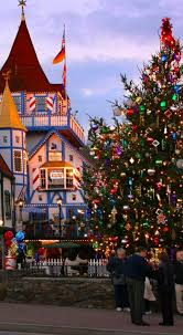 best christmas lights in georgia the 20 best christmas towns in america helen ga georgia and helen