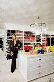 Kourtney Kardashian New Home Decor by Kardashian Sisters Open Up Their Dream Homes And Khloe U0027s Closet