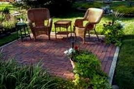 Backyard Ideas For Dogs Patio Flooring Ideas Budget Garden With A Gravel Floor Small