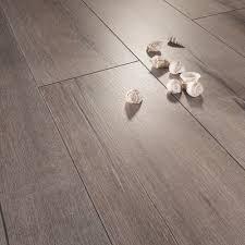 pavimenti laminati pvc pavimento in pvc leroy merlin parquet leroy merlin with pavimento