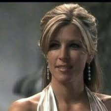 gh soap hair styles carly corinthos laura wright general hospital haircuts and