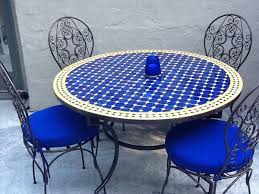Patio Table Tile Top The Advantages Of Having Tile Top Patio Table Patio Design Ideas