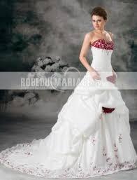 robe de mari e princesse pas cher bustier robe de mariée princesse fleurs broderies en taffetas