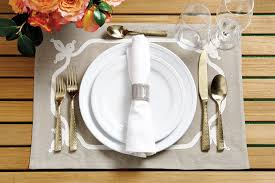 Beautiful Place Settings 16 Outdoor Place Setting Ideas How To Decorate
