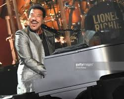 Lionel Richie In Concert Duluth Georgia Photos And Images