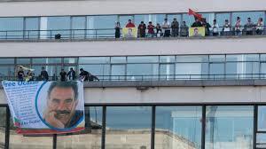 siege le parisien des militants kurdes s introduisent au siège parisien de l afp