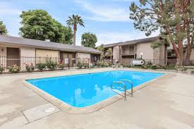 raintree apartments apartments in bakersfield ca
